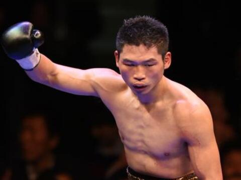 El japonés Takashi Miura defendió con éxito el t&ia...