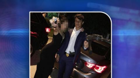 La policía de las Escuelas de Miami-Dade detuvo a Sean Mesa, de 1...