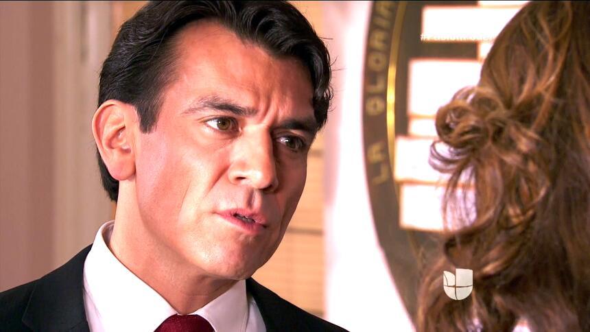 ¡Julia y Arturo ya no pueden ocultar su amor! CC3C47C6C6564A9C8014C259BF...