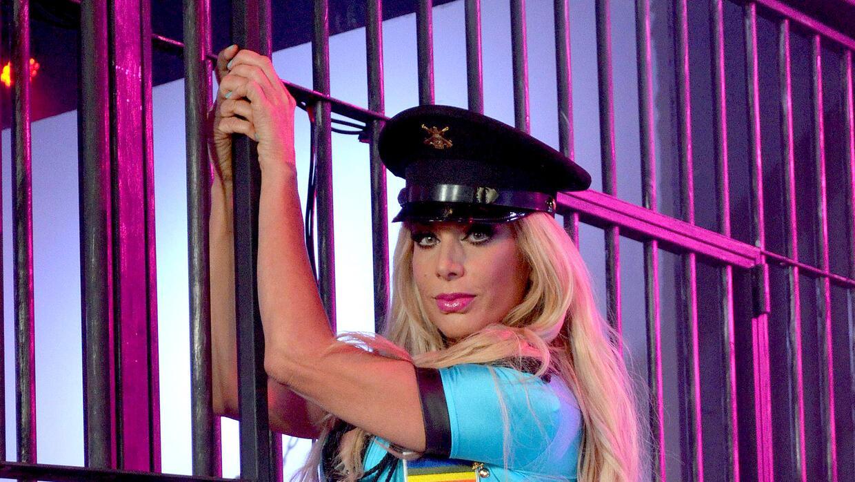 Lorena mostró su sensualidad en la grabación.