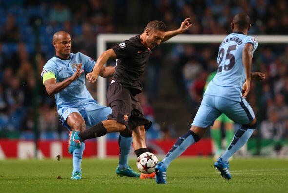 El juego entre el City y la Roma fue muy parejo durante los 90 minutos.