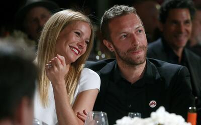 ARCHIVO - Gwyneth Paltrow, izquierda, y su esposo el músico Chris...