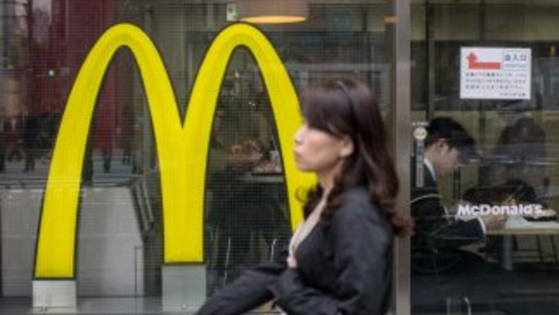 McDonald's reportó bajas ventas durante el primer trimestre. En la image...