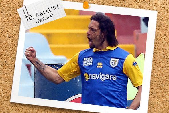 En la punta, aparece el brasileño naturalizado italiano Amauri.