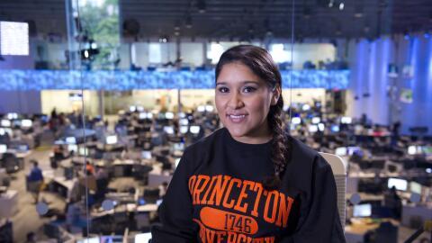 Conoce a María Perales ganadora de la Beca Univision