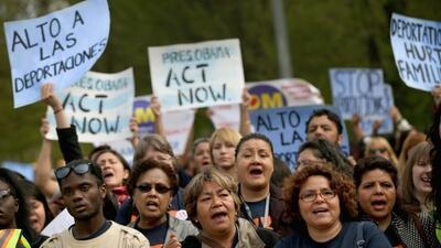 En espera de los cambios a la política de deportaciones