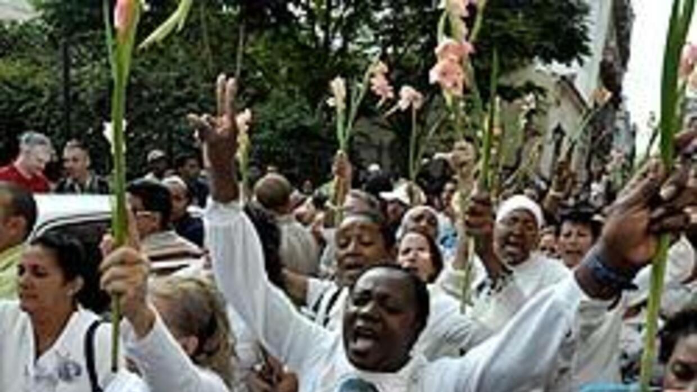 Las mujeres en una reciente marcha por las calles de La Habana.
