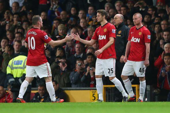 Rooney no pudo completar el partido, pero no estuvo mal para ser su reap...