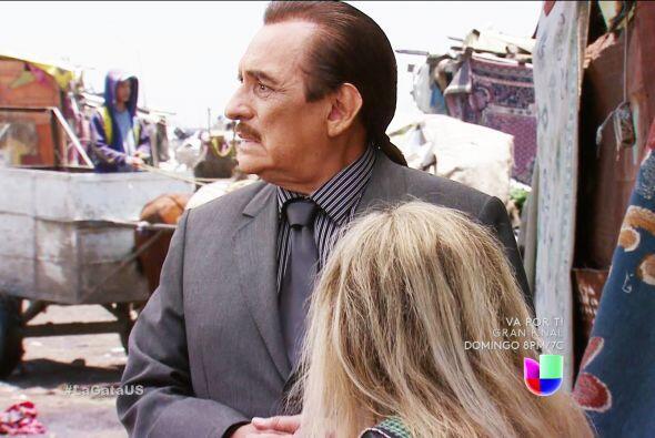Don Fernando, ahí no está Fela, su peor enemigo la secuestró. ¡Busque al...