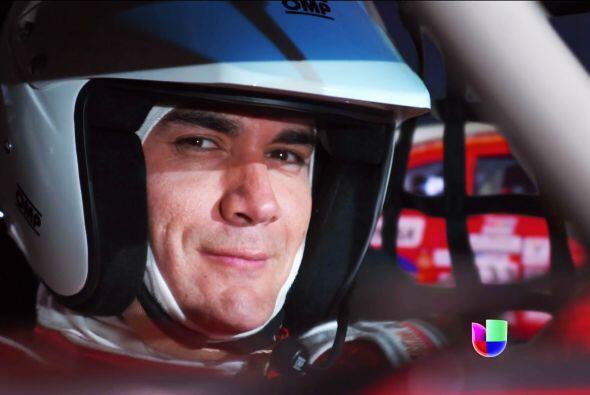 David le dijo sí al proyecto de Nicandro Díaz y es un cuero como piloto.
