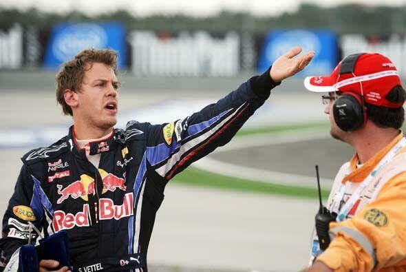 Vettel argumentó que Webber debió haberle dado espacio para pasar al pri...
