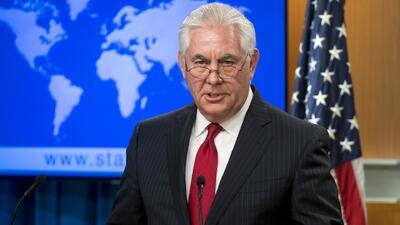 El Secretario de Estado Rex Tillerson se enteró de su despido por Twitter