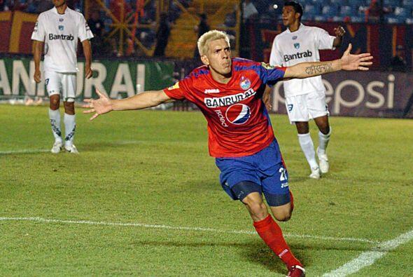 Mario 'El Loco' Rodríguez, jugador del Municipal, éste año tuvo un par d...