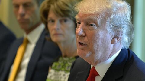 Impopularidad de Trump llegó a niveles históricos en tiempo récord