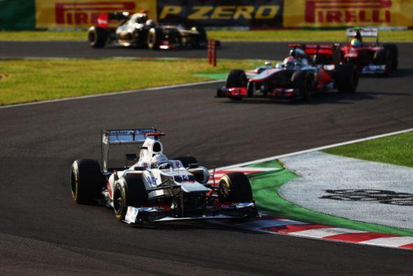 El alemán Sebastian Vettel (Red Bull) ganó en el circuito de Suzuka el G...