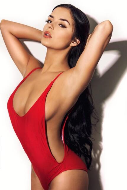 La espectacular Demi Rose es una modelo británica que se ha declarado fa...