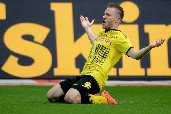 En el duelo ante el Freiburg en el cierre del torneo alemán, Blaszczykow...