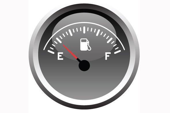 Hidrata tu vehículo, mantén los niveles necesarios de líquido que necesi...