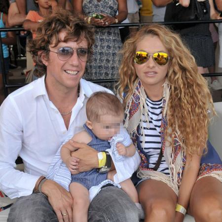 Colate y Paulina Rubio junto a su hijo Andrea Nicolás