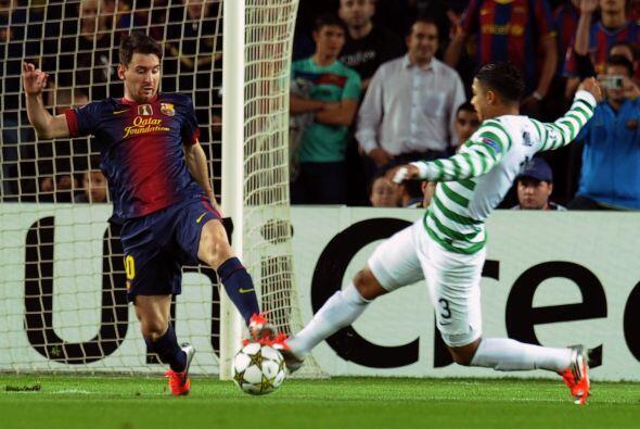 Otro duelo estelar se disputó en el Camp Nou, cuando el Barcelona recibi...