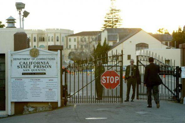 CALIFORNIA ha ejecutado a 13 reos y un asosmbroso número de 733 reos per...