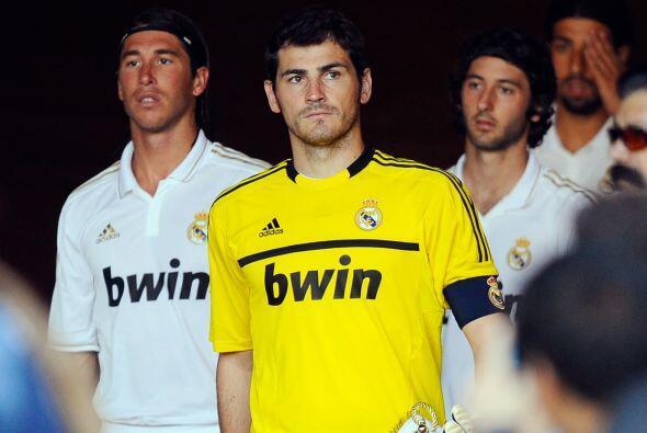 Ante el actual éxito del rival madridista, Barcelona, Casillas como capi...
