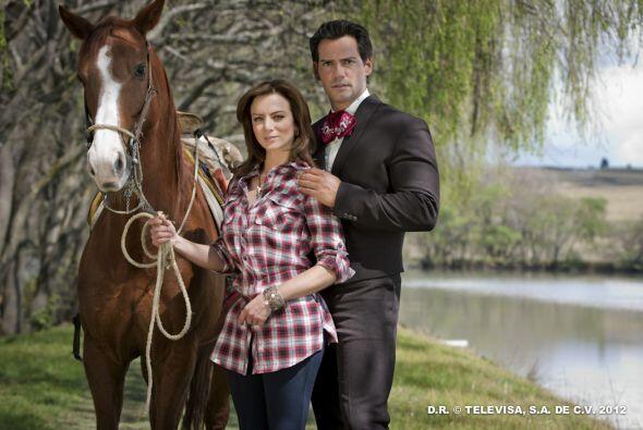 Los protagonistas de este melodrama son: la mexicana Silvia Navarro y el...