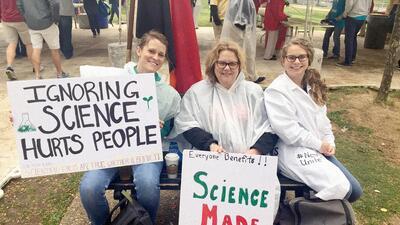 """""""Ignorar la ciencia le hace daño a las personas"""", advierten los científicos en su marcha en Washington DC"""