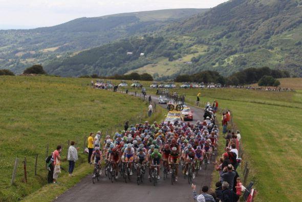 Uno de los atractivos del Tour de Francia son los paisajes que se pueden...