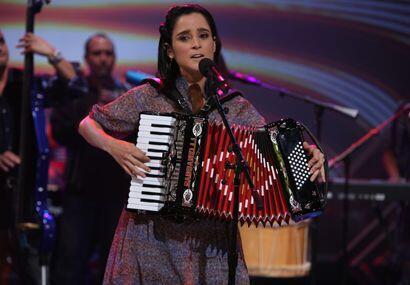 La cantante nacida en Baja California, Tijuana se dio el gran gusto con...