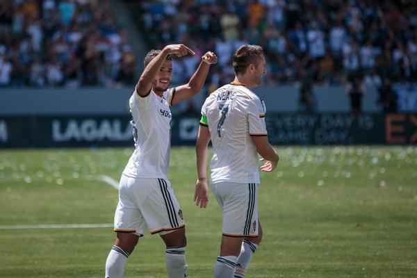 Gio marcó su primer gol en la MLS, y el segundo para LA Galaxy en tres d...