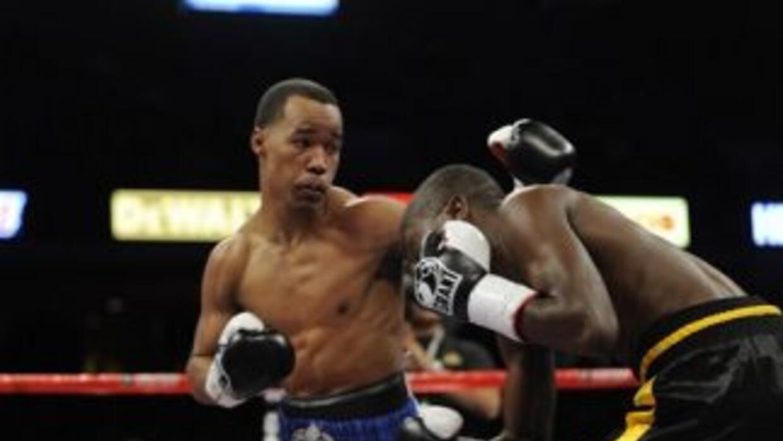 Argenis Méndez metió apelación por resultado en la pelea contra Rances B...
