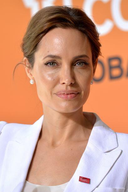 Angelina llegó a Londres para hablar en un evento contra la violencia se...