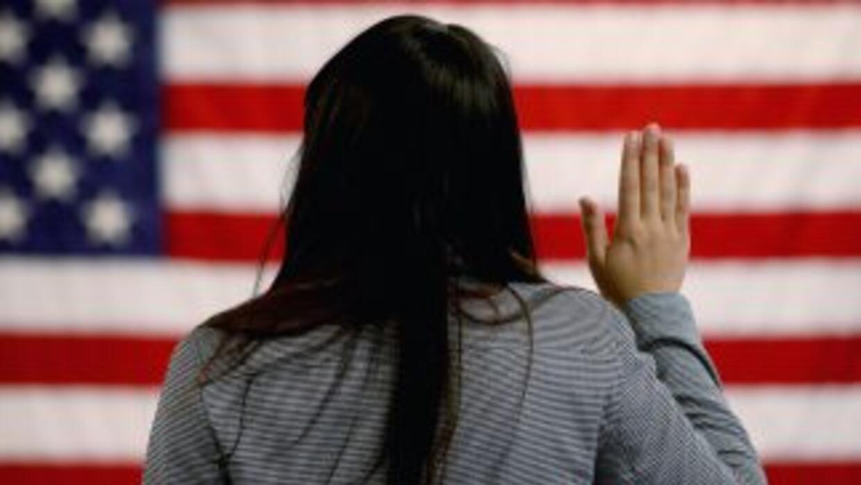 11 millones de inmigrantes indocumentados en Estados Unidos aguardan una...