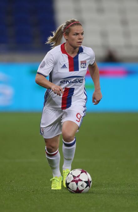 En el ataque del Lyon estará Eugenie Le Sommer, goleadora del equipo con...