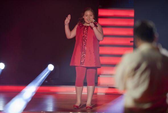 Dania es otra de las pequeñas que amaba usar vestiditos y los complement...
