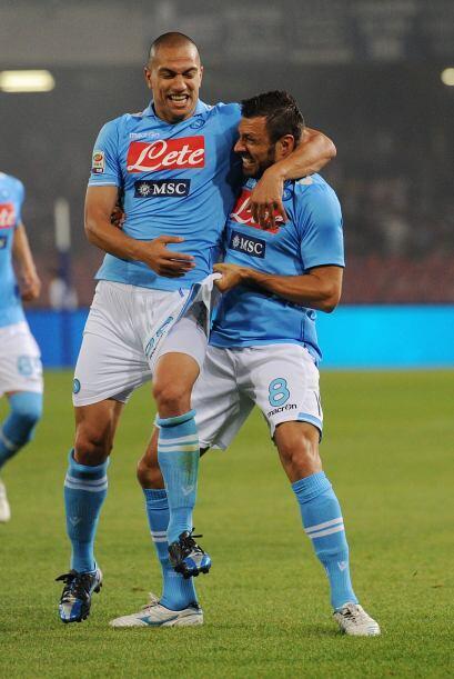 El futbolista de los napolitanos tuvo destacada actuación ante el Siena.