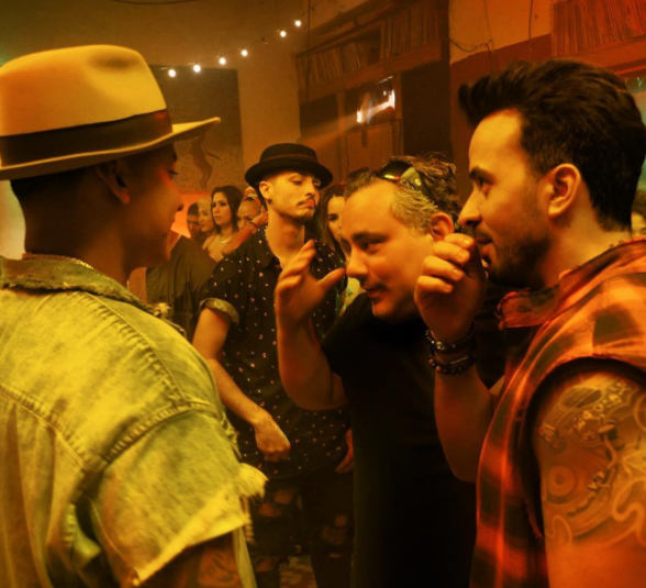 El puertorriqueño Carlos Pérez, director del videoclip de...