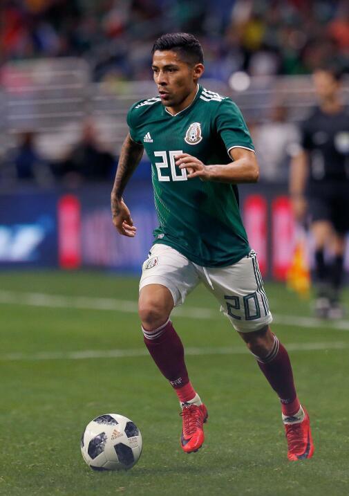Javier Aquino (Tigres) - 54 partidos jugados (14 con México) y en...