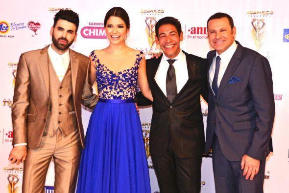 En la alfombra de Favoritos del Público, el talento de Univision estuvo...