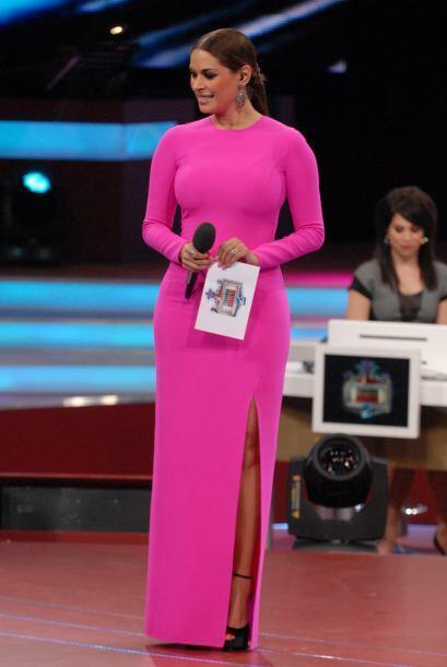 Y tú, ¿Te atreverías a usar un vestido de este color tan llamativo?