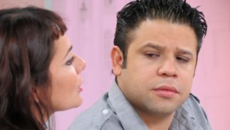 Jesús Romero Colín junto a la documentalista mexicana Alejandra Sánchez...