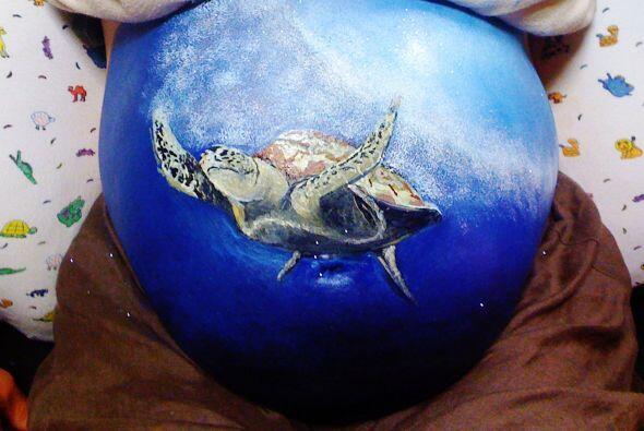 O como esta tortuga nadando en medio del océano. ¡Esta increíble!