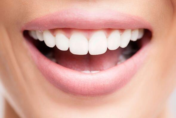 Boca sana. Una bella sonrisa depende muchas veces de simples hábitos de...