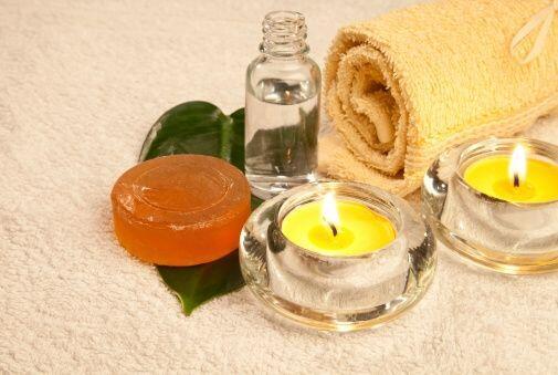 En todo buen 'spa' se te muestran los productos que van a utilizarse en...