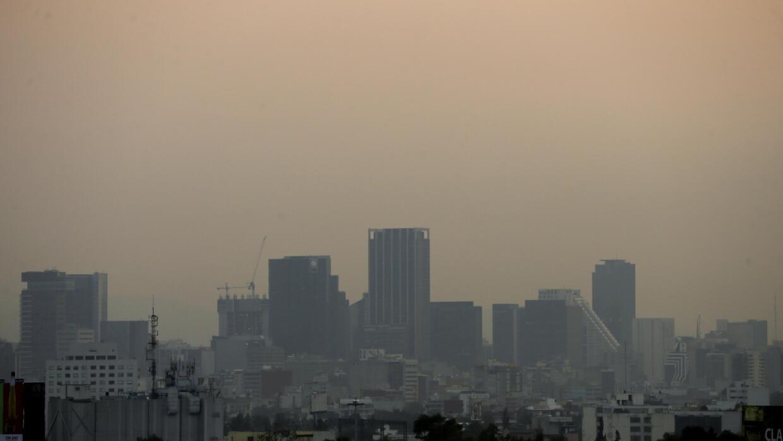 Vista general de la contaminación en Ciudad de México, miércoles 17 de m...