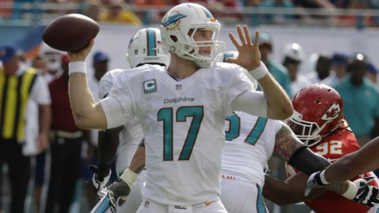 El quarterback está en el ojo del huracán (AP-NFL).
