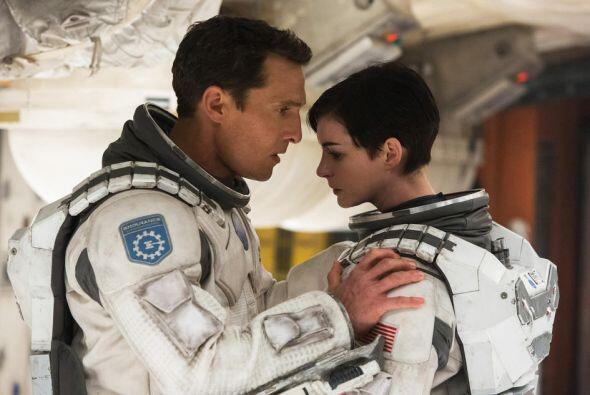 La cinta protagonizada por Matthew McConaughey y Anne Hathaway recaudó $...