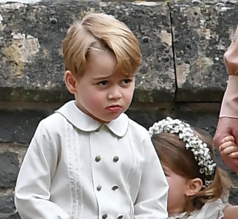 Reverendo invita a orar para que Dios bendiga al príncipe George con el...
