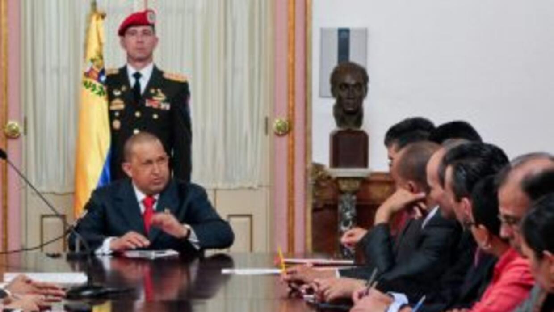 El presidente venezolano Hugo Chávez dijo que participará en las eleccio...